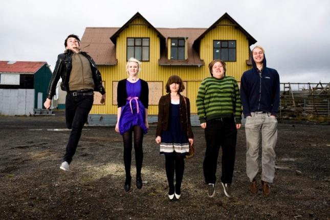 Imagen del grupo islandés Rökkurró